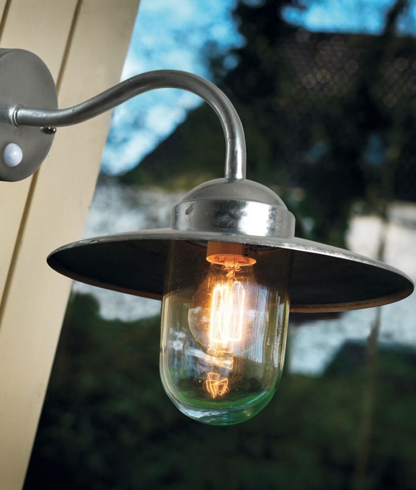 Modern Exterior Wall Mounted Lanterns (View 9 of 20)