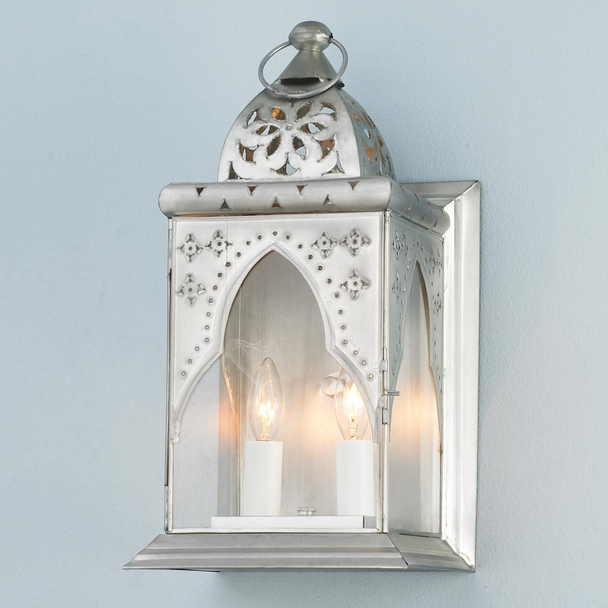 Featured Photo of Moroccan Outdoor Electric Lanterns