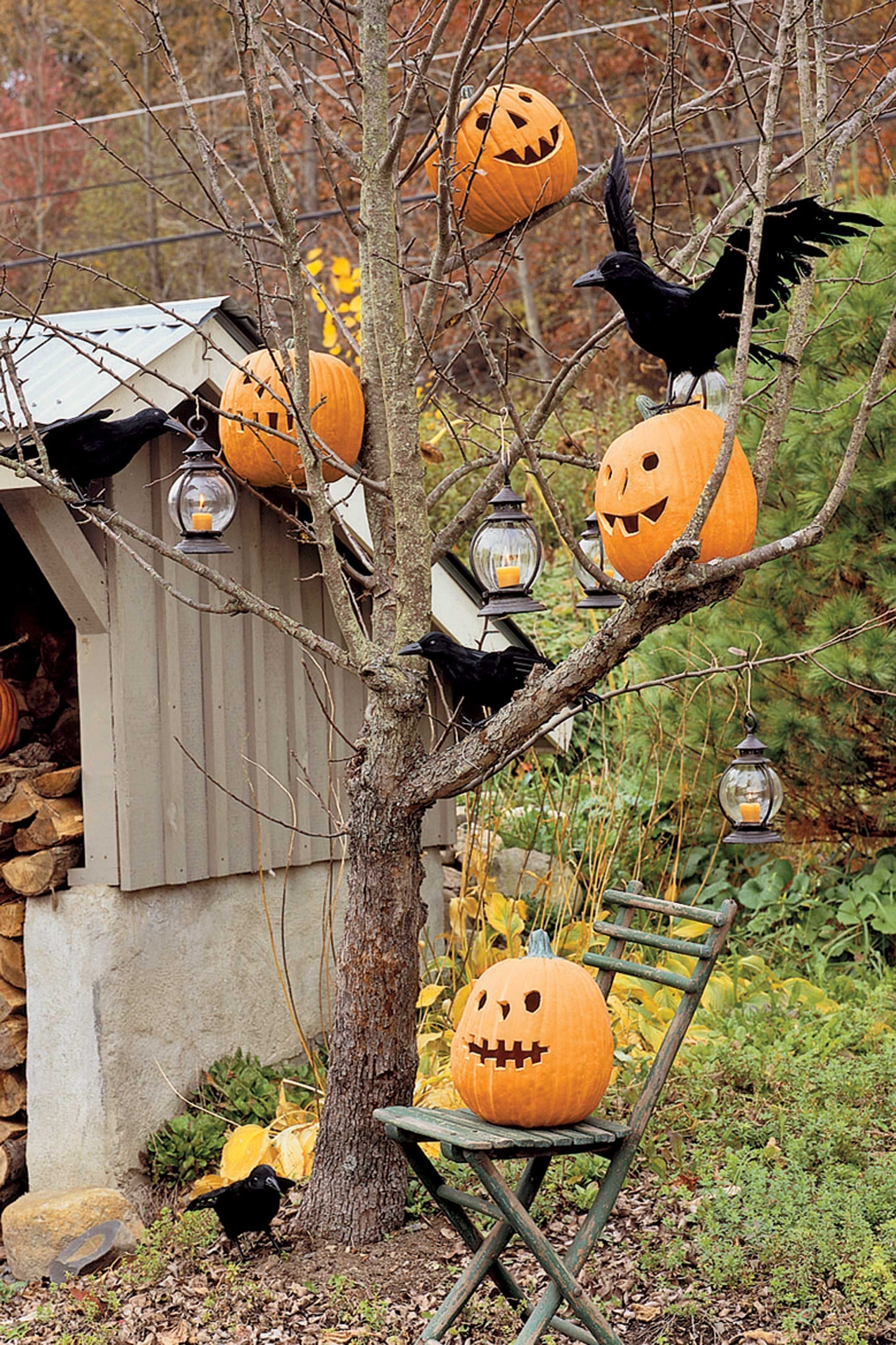 Most Current 40 Best Outdoor Halloween Decoration Ideas – Easy Halloween Yard And Pertaining To Outdoor Pumpkin Lanterns (View 12 of 20)