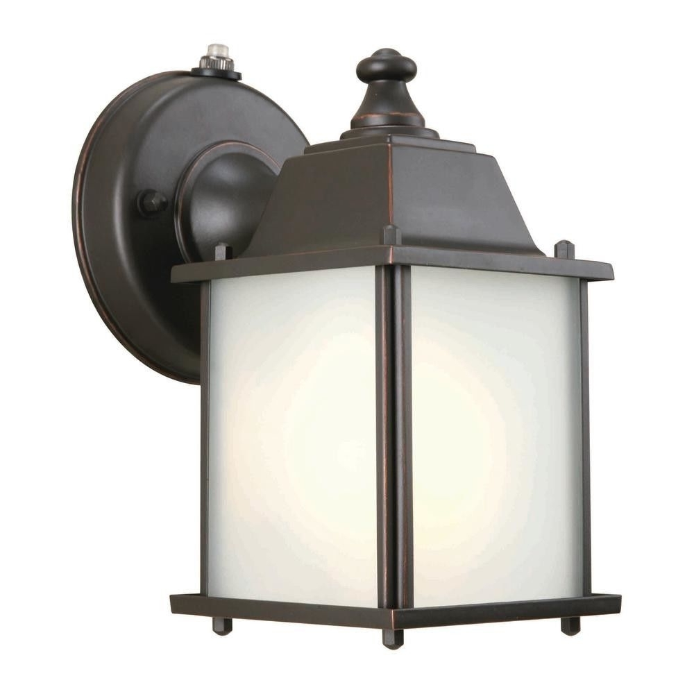 Newest Wall Mounted Outdoor Lanterns Within Hampton Bay 393810 Wall Mount 1 Light Outdoor Lantern Oil Rubbed (View 10 of 20)