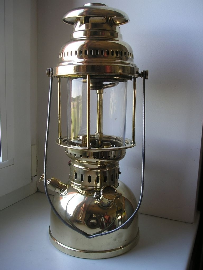 Old Kerosene Lanterns (View 15 of 20)