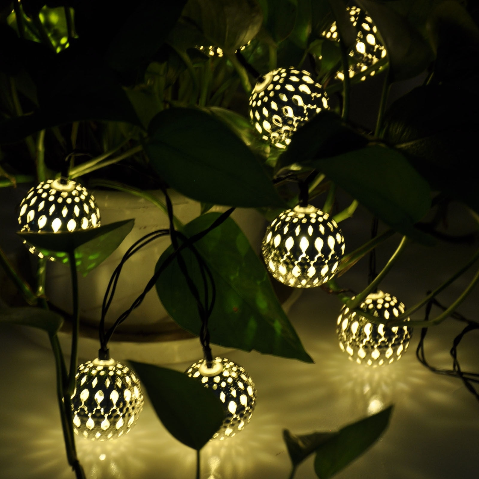 Outdoor Ball Lanterns Regarding Trendy Modern Home Solar Led String Lights – Moroccan Metal Globe Lanterns (View 13 of 20)