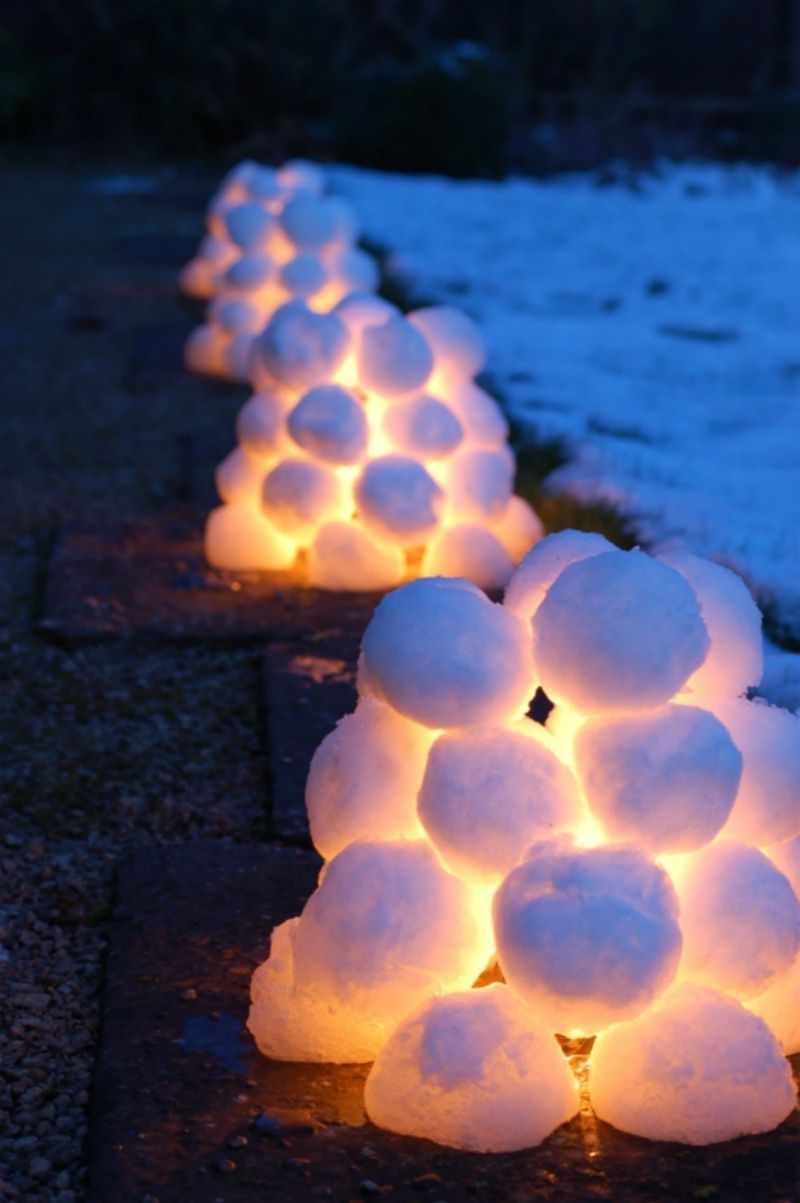 Outdoor Ball Lanterns Regarding Widely Used 15 Beautiful Christmas Outdoor Lighting Diy Ideas (View 17 of 20)