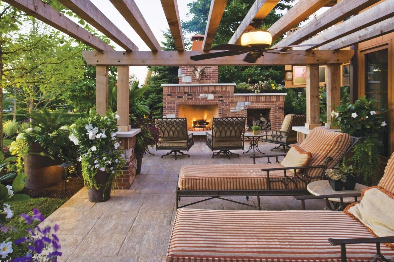 Outdoor Ceiling Fans Under Pergola With Regard To Trendy Pergola Ceiling Ideas – Pizzarusticachicago (View 14 of 20)