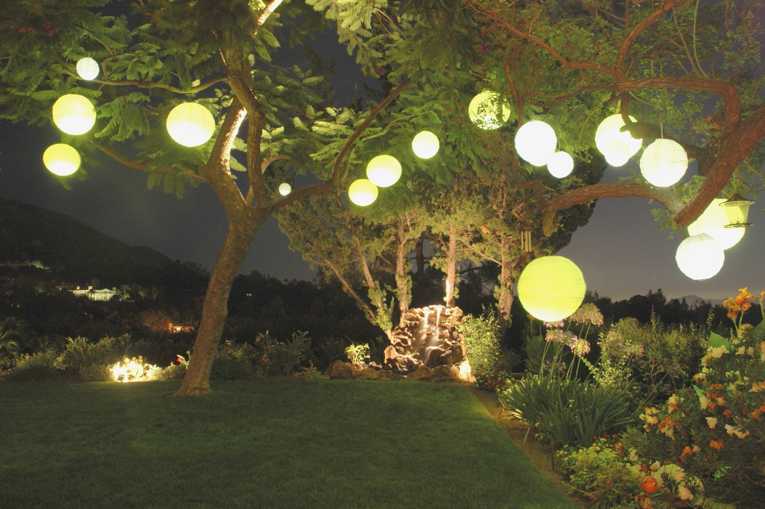 Outdoor Chinese Lantern String Lights – Outdoor Designs – Plastic Within Popular Outdoor Nylon Lanterns (View 8 of 20)