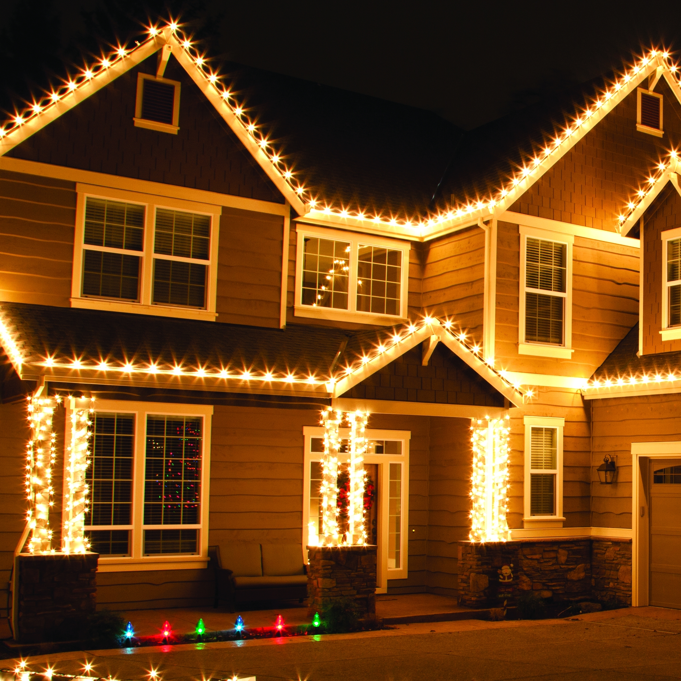 Outdoor Christmas Lights In Well Known Outdoor Christmas Rope Lanterns (View 11 of 20)