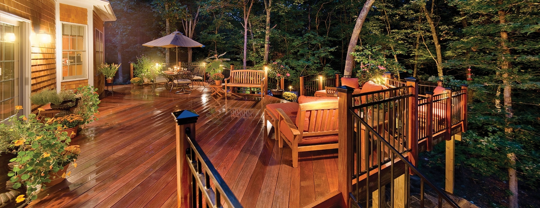 Outdoor Deck Lanterns With Regard To Best And Newest Seattle Patio Lighting And Deck Lighting (View 13 of 20)
