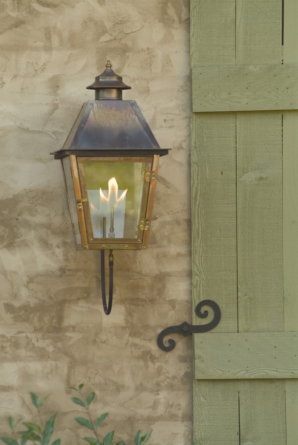 Outdoor Gas Lanterns For Recent Carolina Lanterns Gas Lamp Atlas Wall Mount (View 11 of 20)