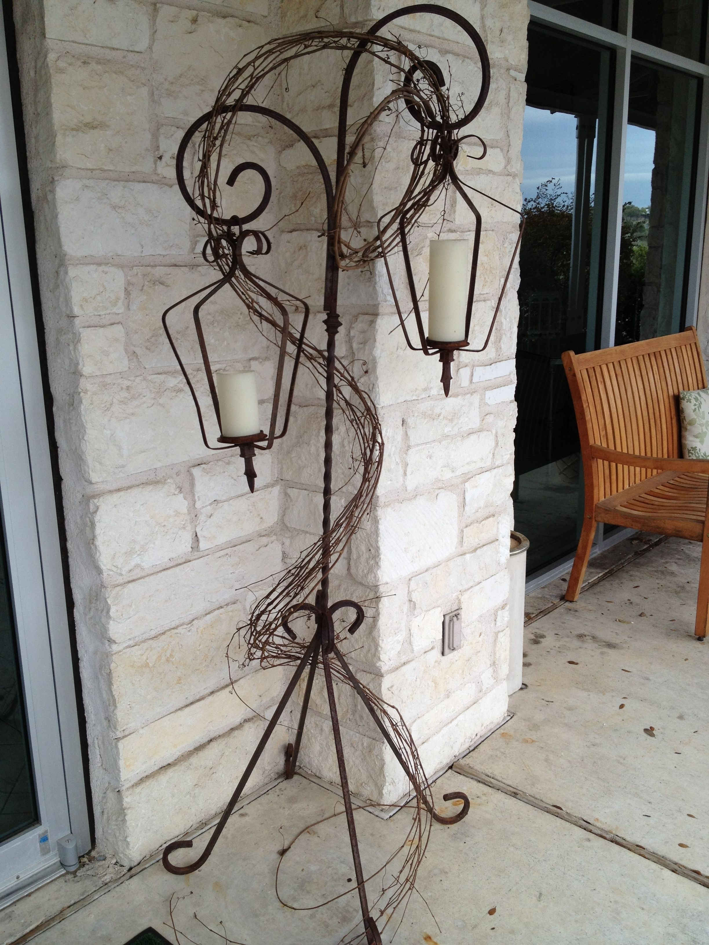 Outdoor Iron Lanterns Throughout Favorite Wrought Iron Lanterns With Stands (View 18 of 20)