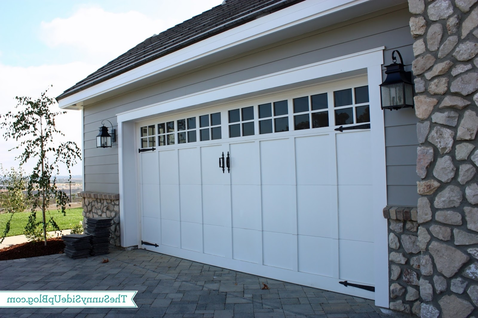 Outdoor Lanterns For Garage In Well Known 42 Garage Door Lanterns, Georgian Garage Door Outdoor Light (View 12 of 20)