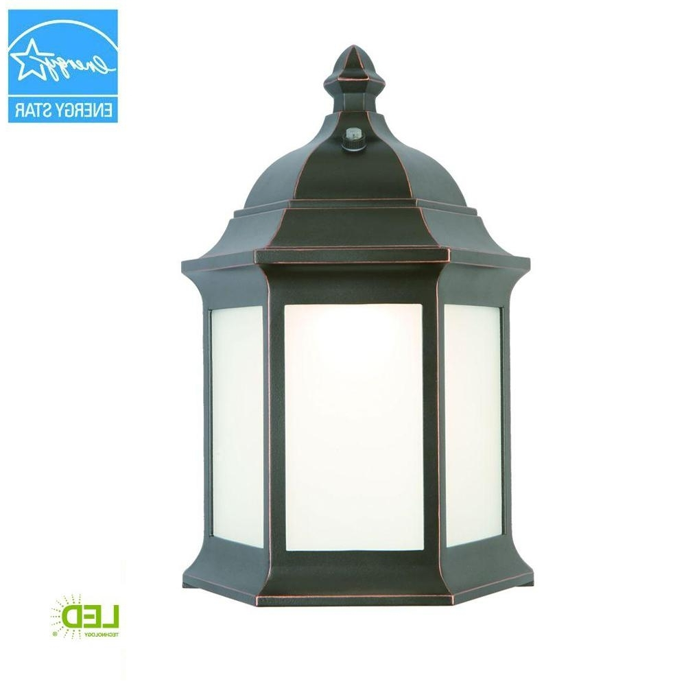 Outdoor Oil Lanterns With Recent Hampton Bay Outdoor Oil Rubbed Bronze Led Wall Lantern Ims1691L (View 14 of 20)