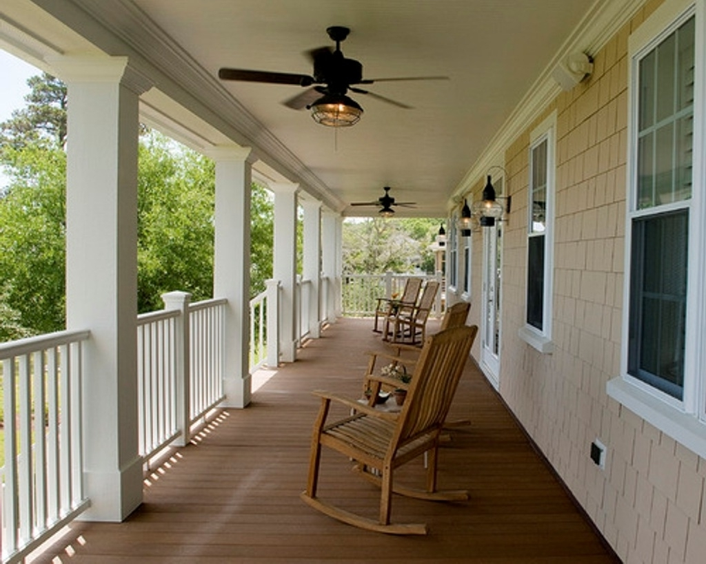 Outdoor Patio Ceiling Fans With Lights With Regard To Most Recently Released Traditional Patio Ideas With White Railing And Antique Ceiling Fan (View 15 of 20)