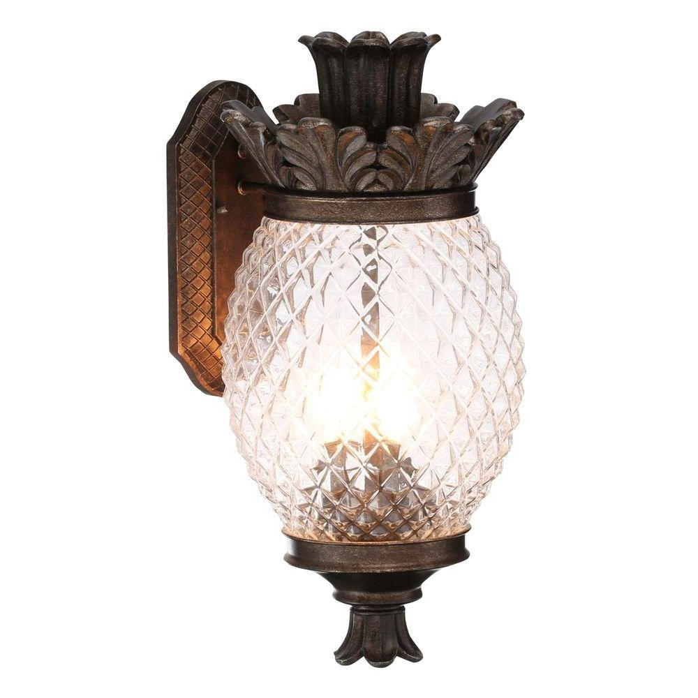 Featured Photo of Outdoor Pineapple Lanterns