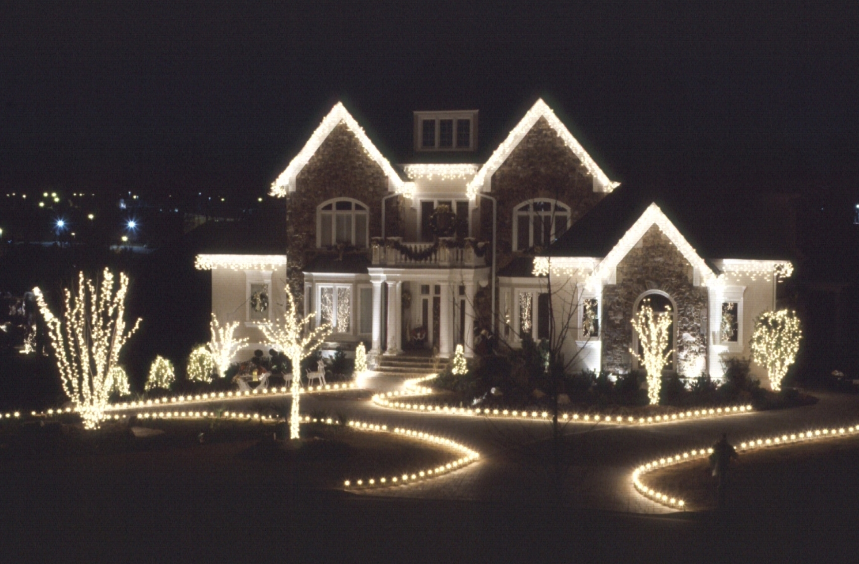 Outdoor Xmas Lanterns Intended For Widely Used Xmas Led Outdoor Lights – Outdoor Lighting Ideas (Gallery 5 of 20)