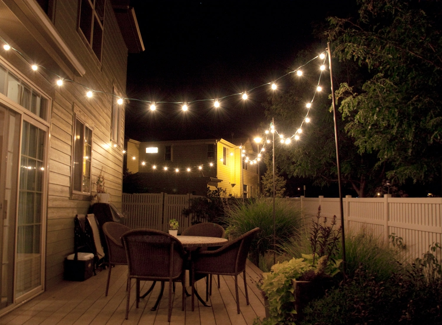 Outdoor Yard Lanterns In Widely Used Outdoor Yard Lighting Ideas – Patio Design And Yard (View 4 of 20)
