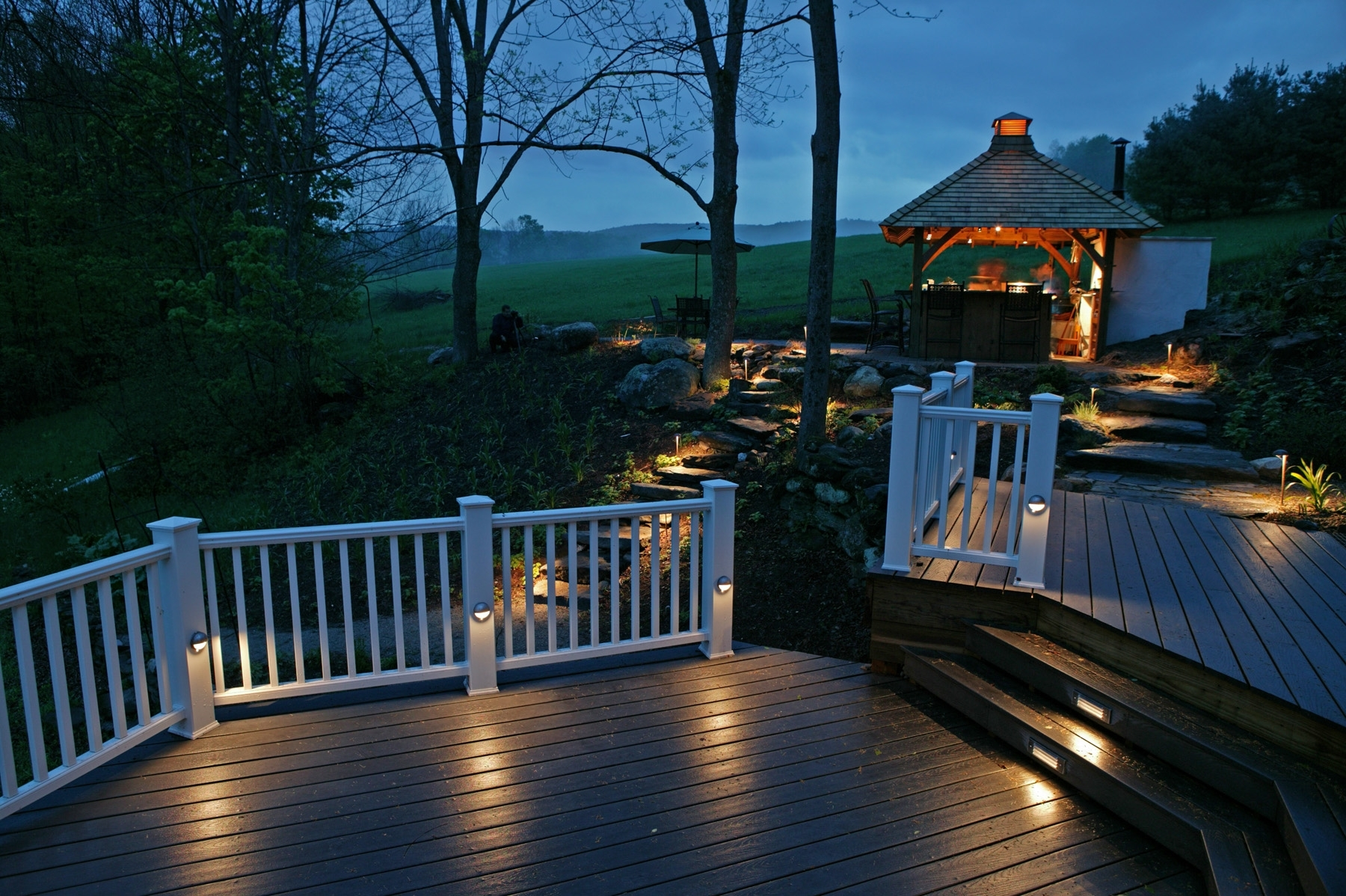 Popular Outdoor Deck Lanterns Intended For Outdoor Lighting Pros And Cons (View 6 of 20)