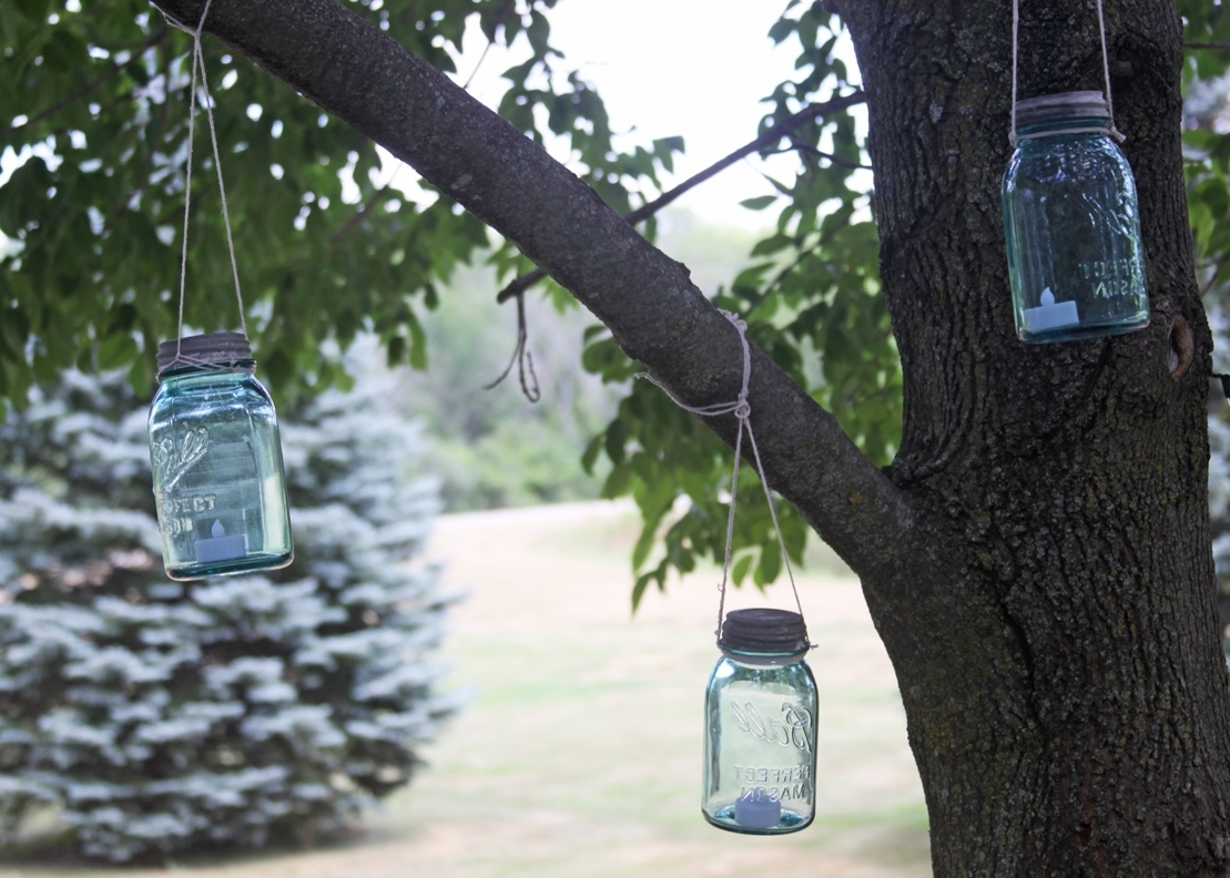 Popular Outdoor Mason Jar Lanterns (Gallery 17 of 20)