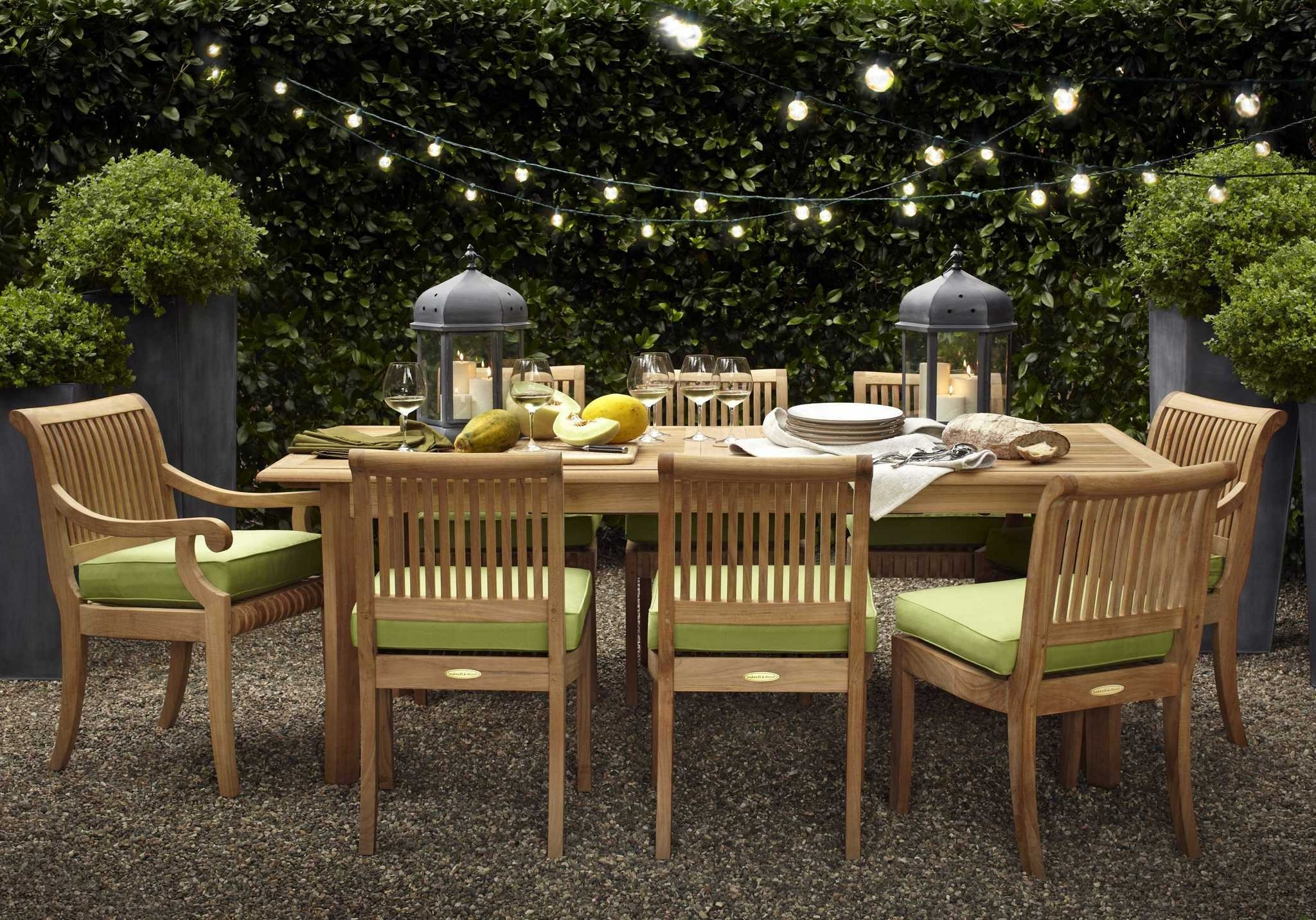 Porch Lighting Ranch Style Landscape Light Kits Ideas Backyard Within Favorite Outdoor Dining Lanterns (View 14 of 20)