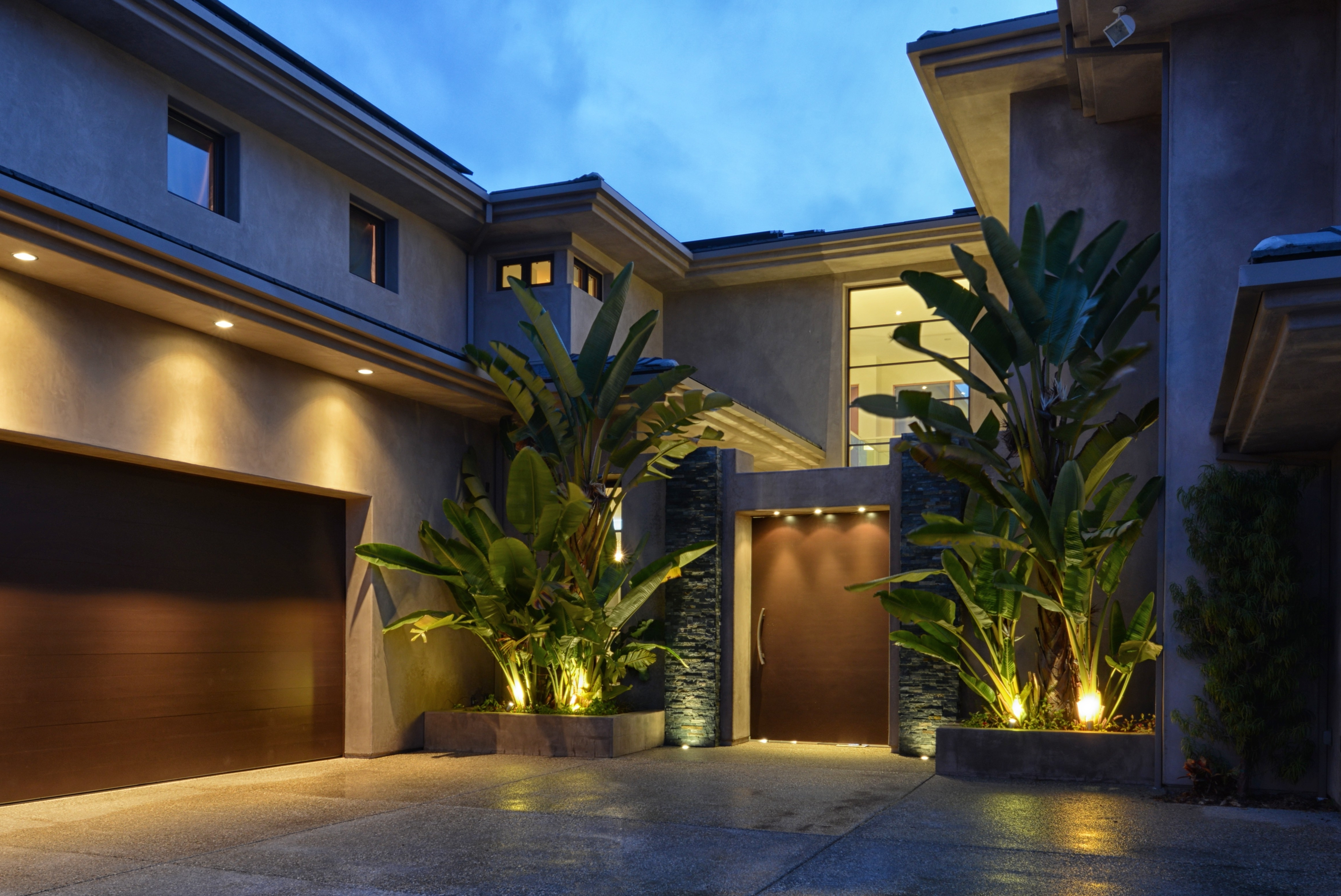 Recent Outdoor House Lanterns With Outdoor Lighting Designs House Ideas Hanging Tree Lanterns How To (View 2 of 20)