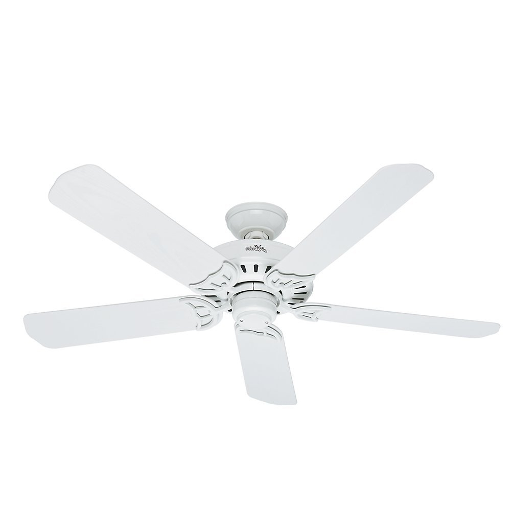 Recent Top 4 Hunter Outdoor Ceiling Fans Reviewed Throughout Outdoor Ceiling Fans With Plastic Blades (View 7 of 20)