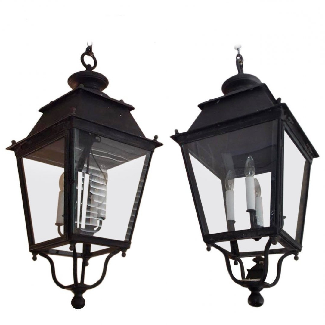 Standing Large Outdoor Lanterns With Regard To Widely Used Outdoor Standing Lanterns (View 7 of 20)