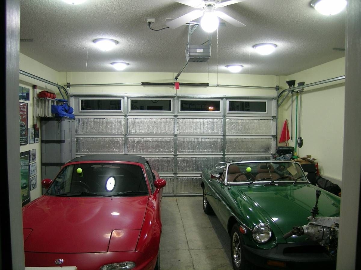 Trendy Outdoor Lanterns For Garage Within 31 Best Garage Lighting Ideas (Indoor And Outdoor) – See You Car (View 18 of 20)