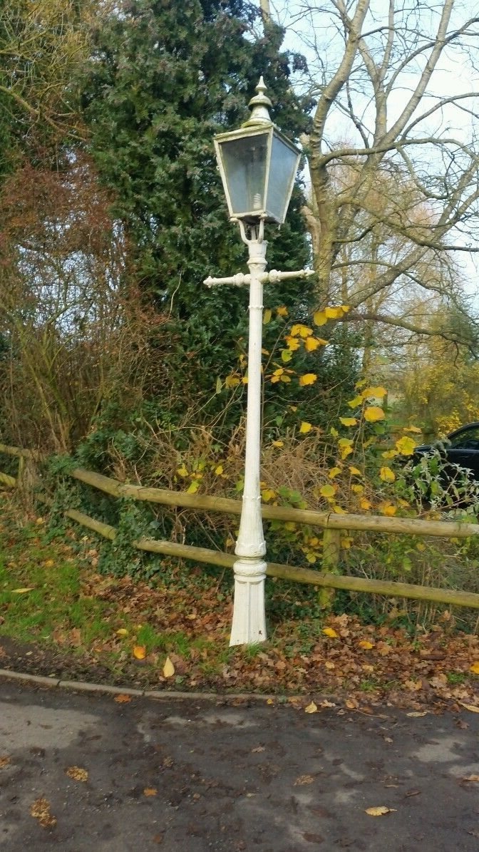 Vintage Original Cast Iron Street Lamp Posts With Lantern (View 16 of 20)
