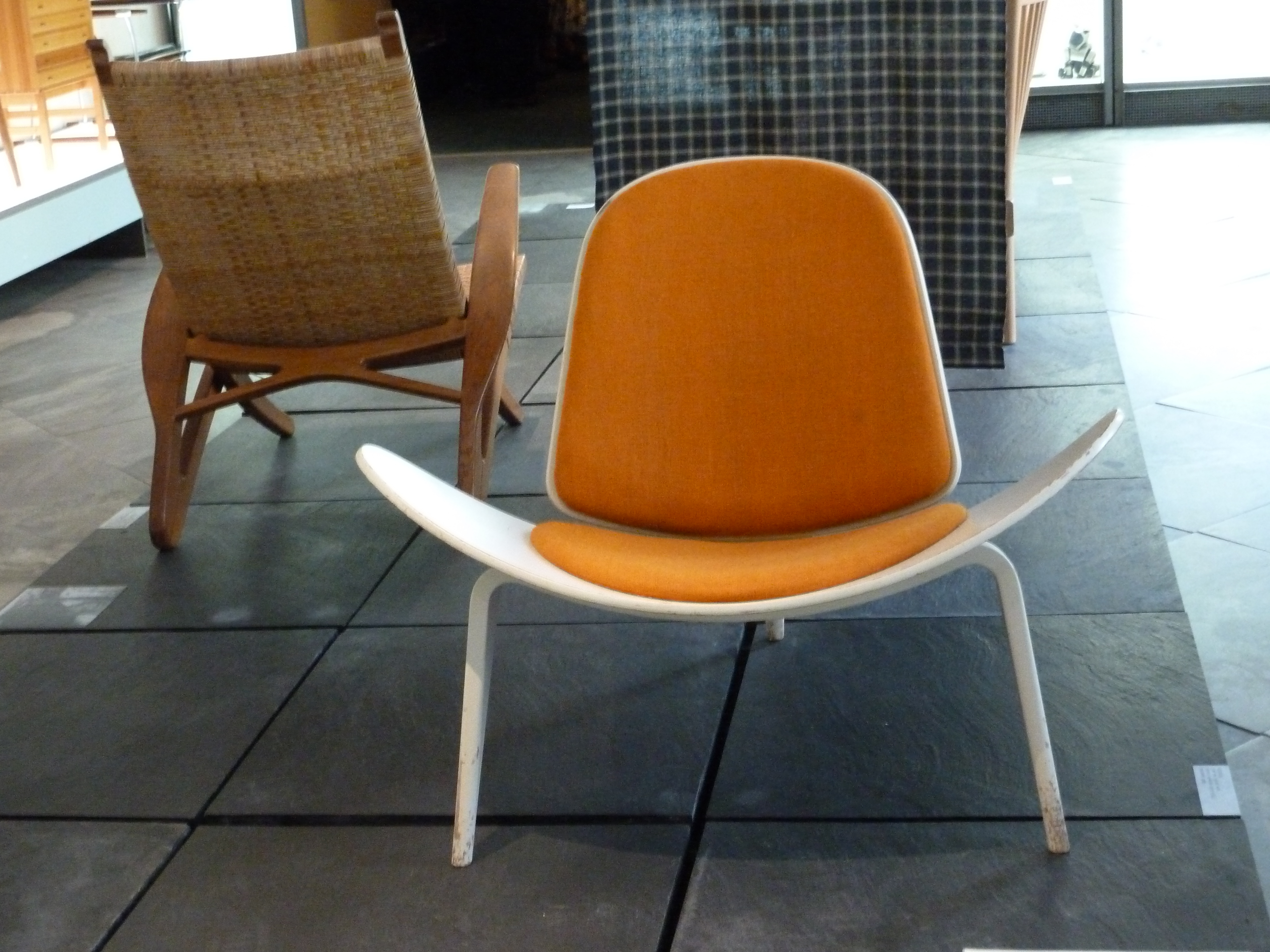 13 Iconic Mid Century Modern Chairs (View 7 of 20)