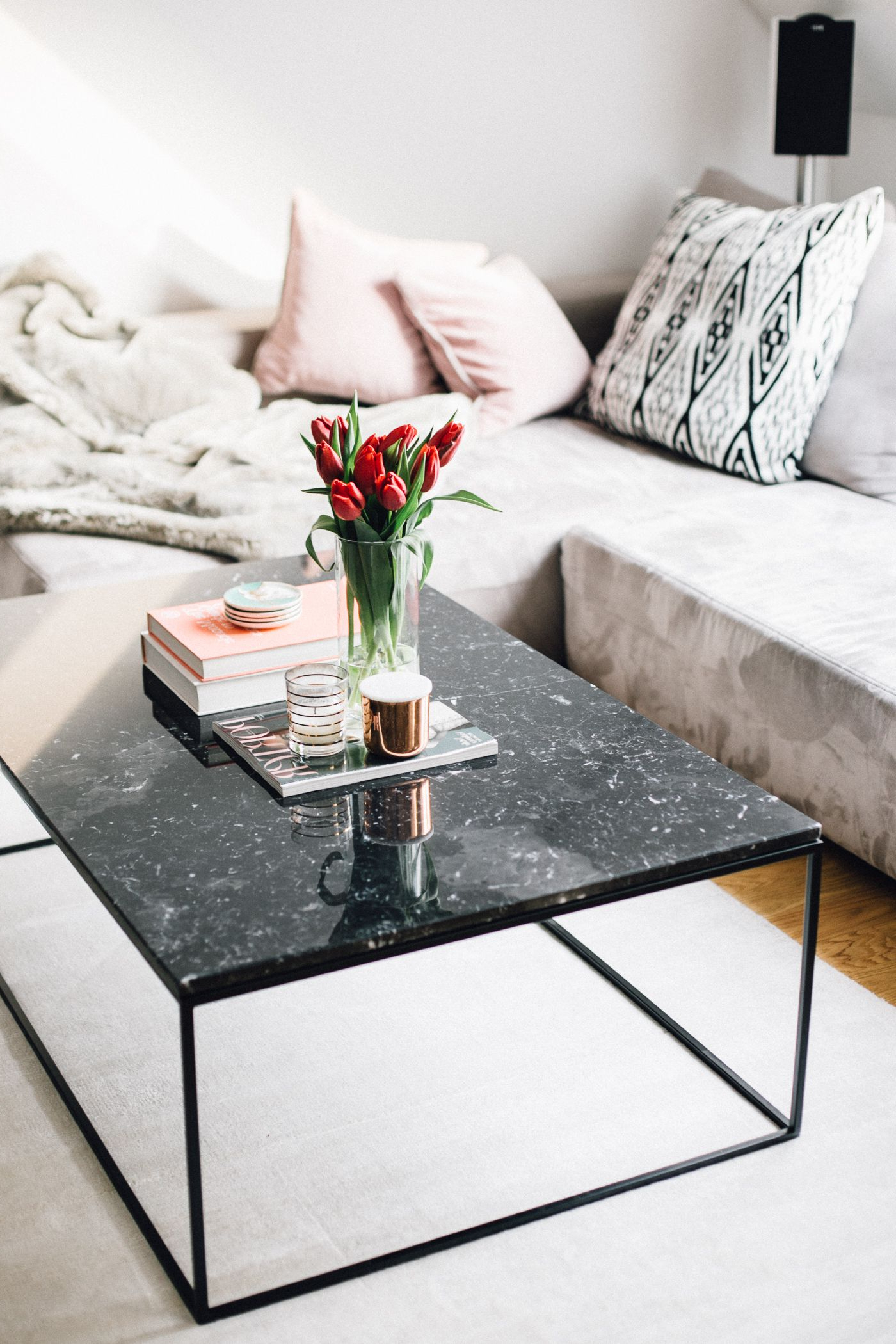 2 Tone Grey And White Marble Coffee Tables Intended For Most Recent Marble Coffee Tables, Interior Inspiration – The Daily Dose (Gallery 4 of 20)