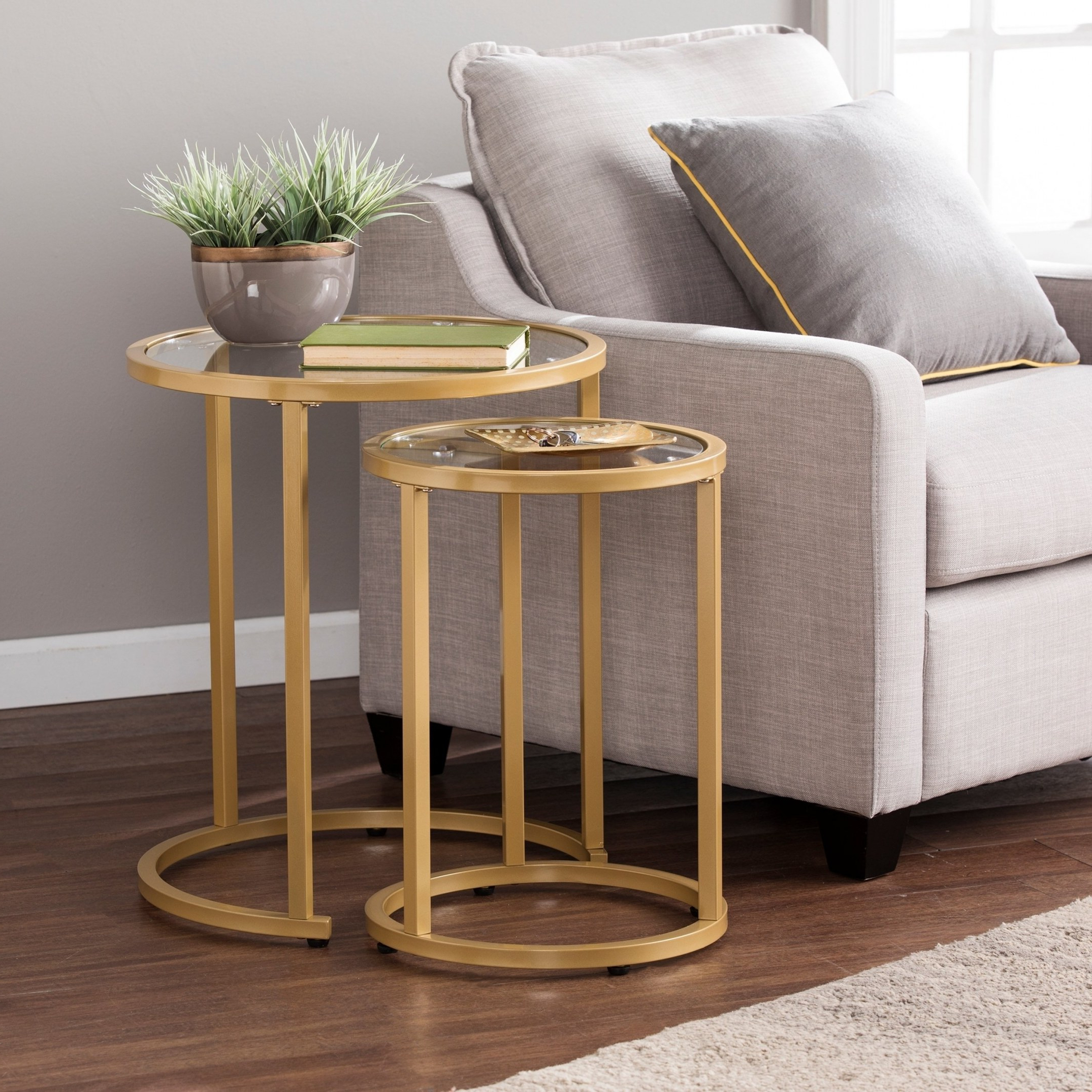 2018 Grant Lift Top Cocktail Tables With Casters For Shop Silver Orchid Grant Glam Nesting Side Table 2Pc Set – Gold (View 10 of 20)