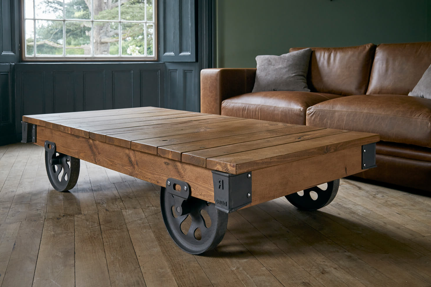 4 Wheel Reclaimed Cart (Gallery 15 of 20)