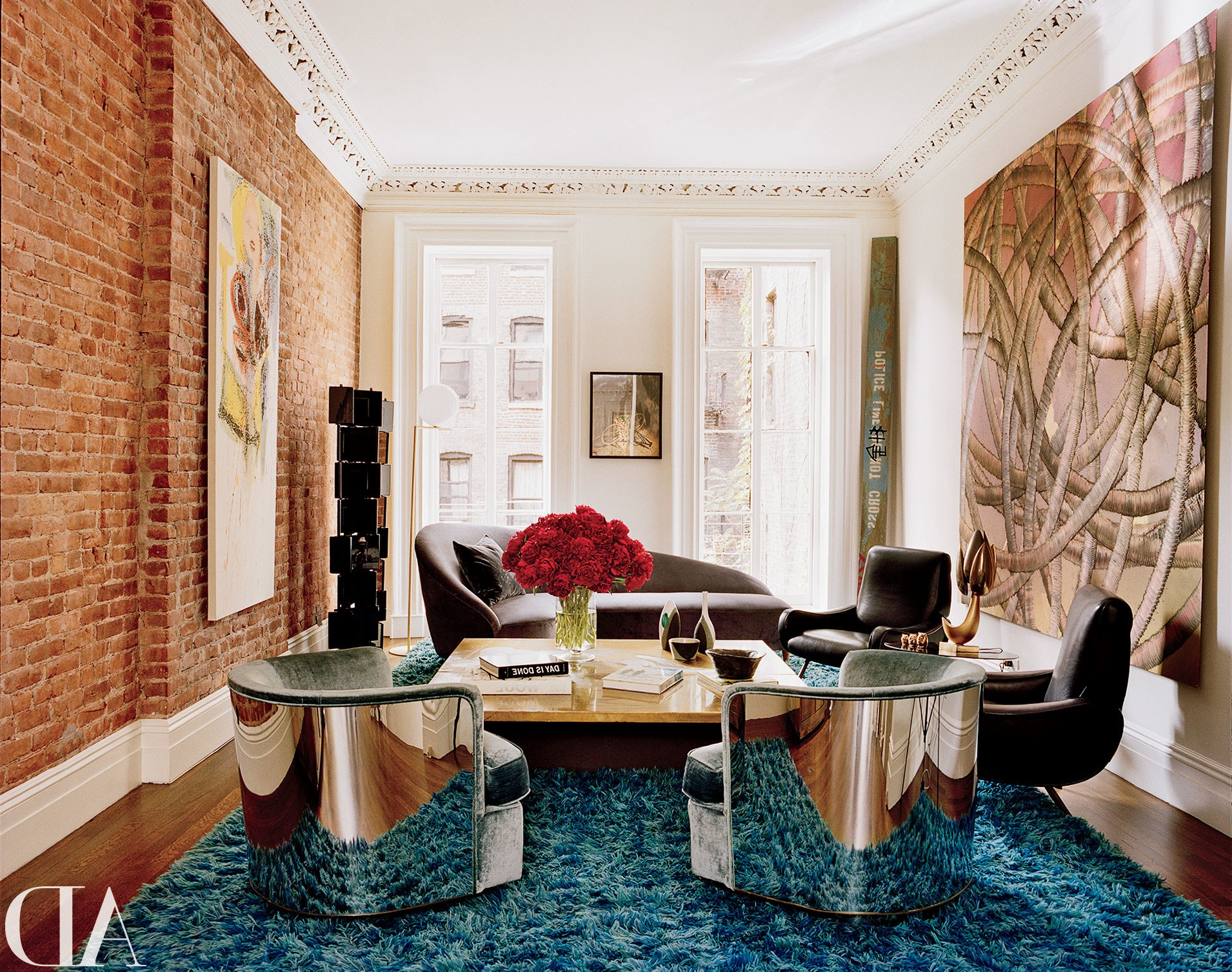 Architectural Digest Throughout Well Known Mid Century Modern Egg Tables (View 18 of 20)