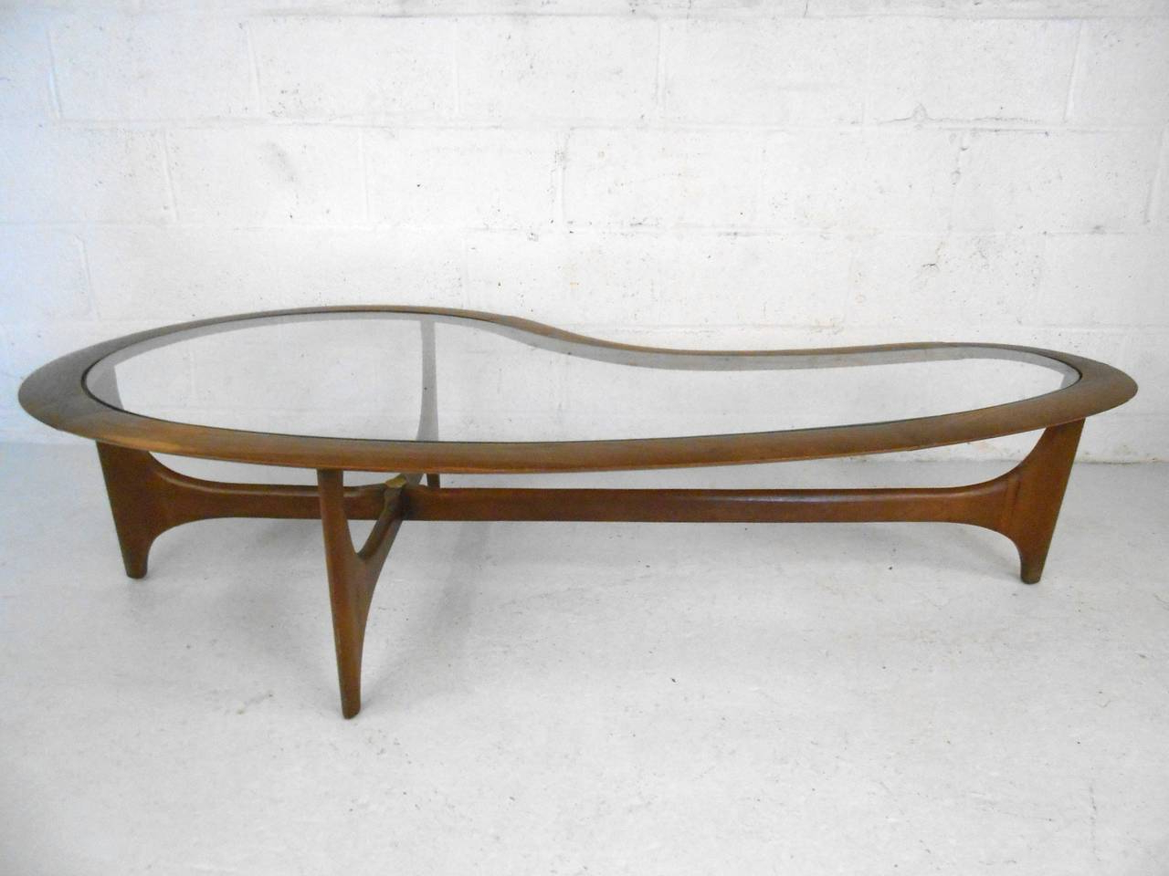 Best And Newest Furniture: Alluring Kidney Shaped Coffee Table With Futuristic Intended For Jelly Bean Coffee Tables (View 2 of 20)