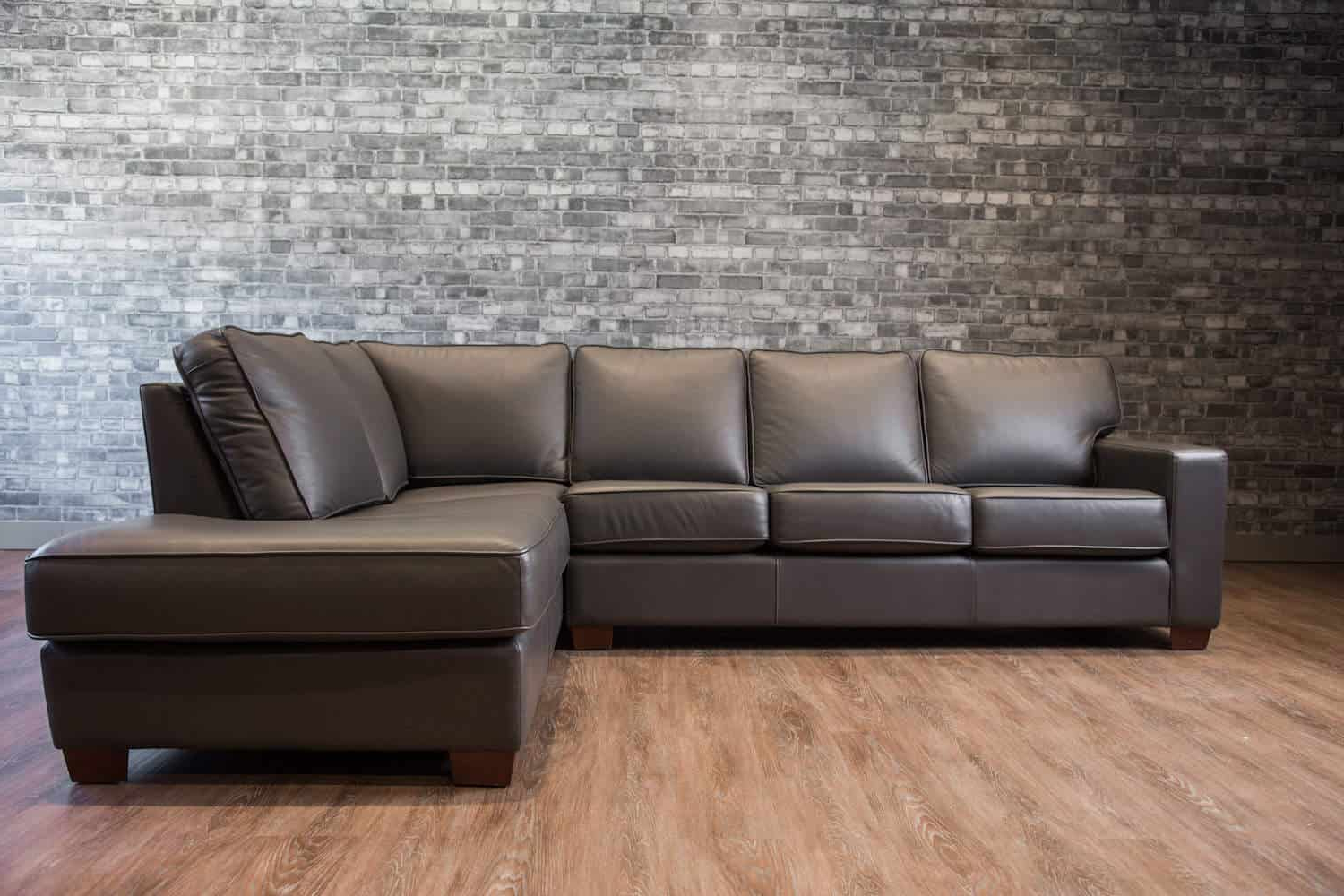Canada's Boss Leather Sofas And Furniture (View 3 of 20)