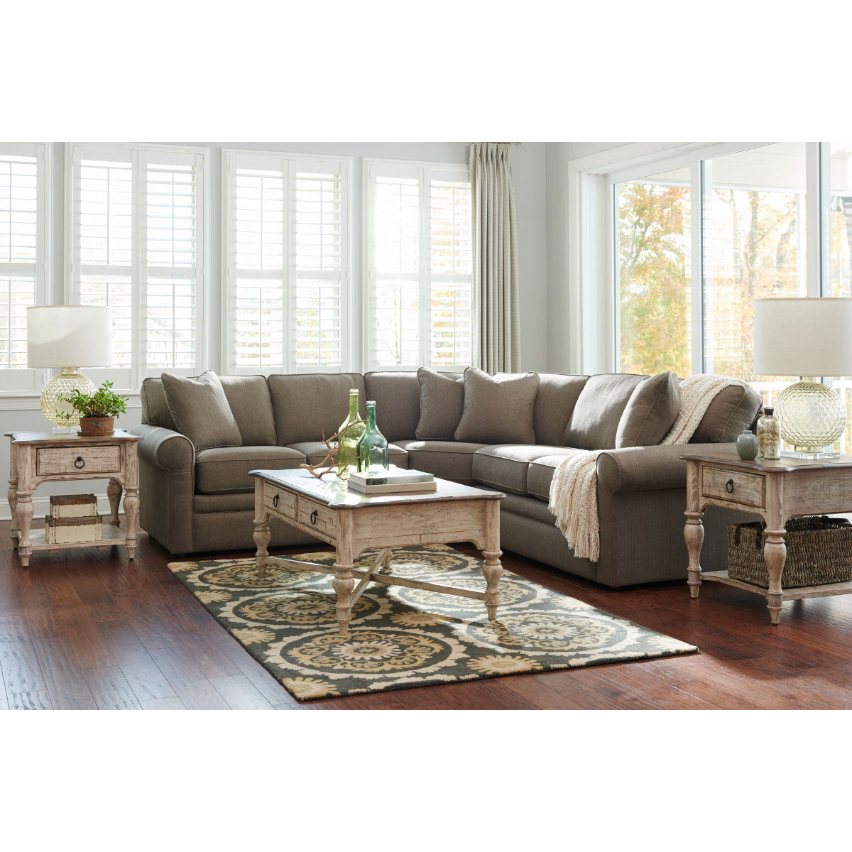 Fashionable Collins Sectional With Regard To Collins Sofa Sectionals With Reversible Chaise (Gallery 1 of 20)