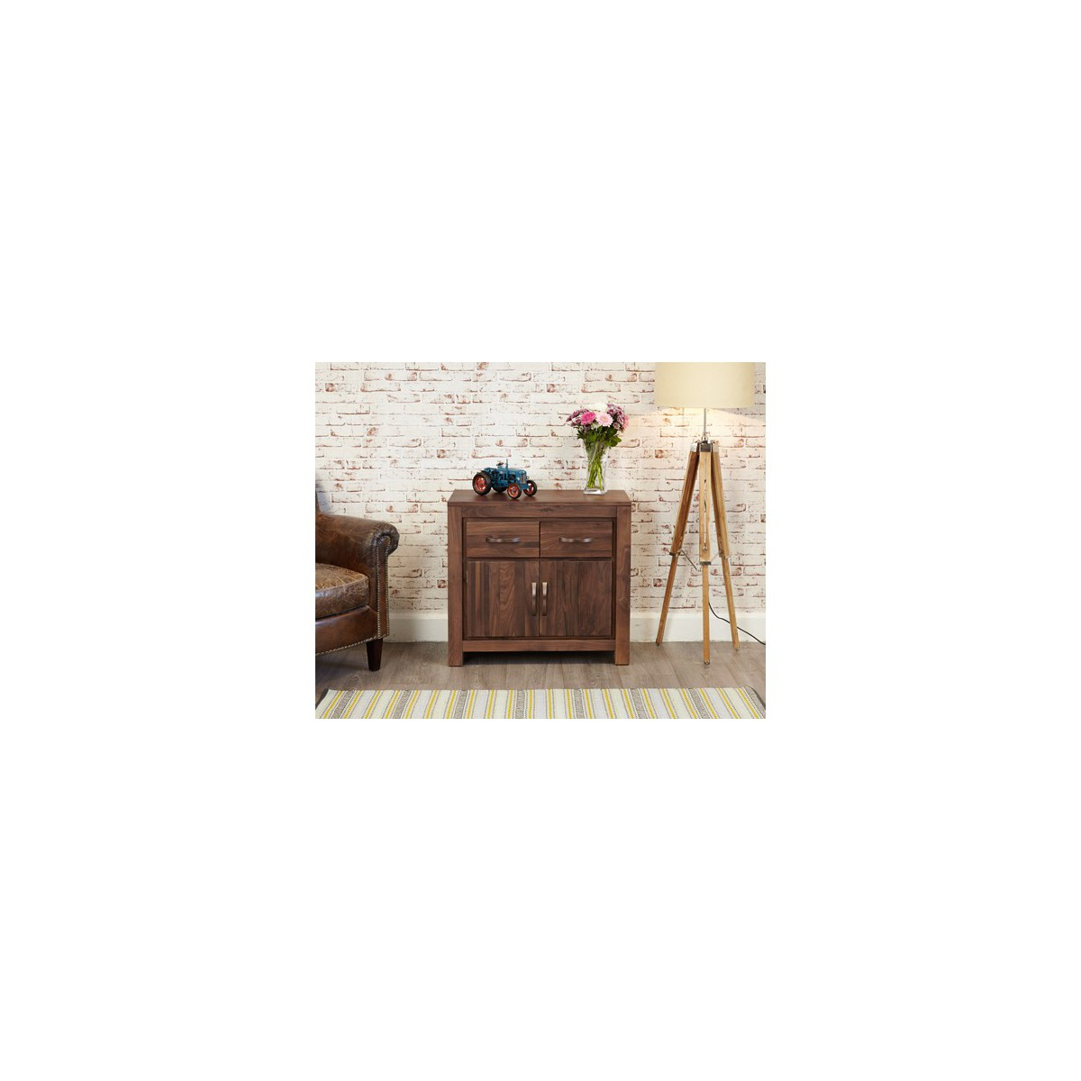 Furnishing Your Lifestyle With Most Recent Walnut Small Sideboards (View 4 of 20)