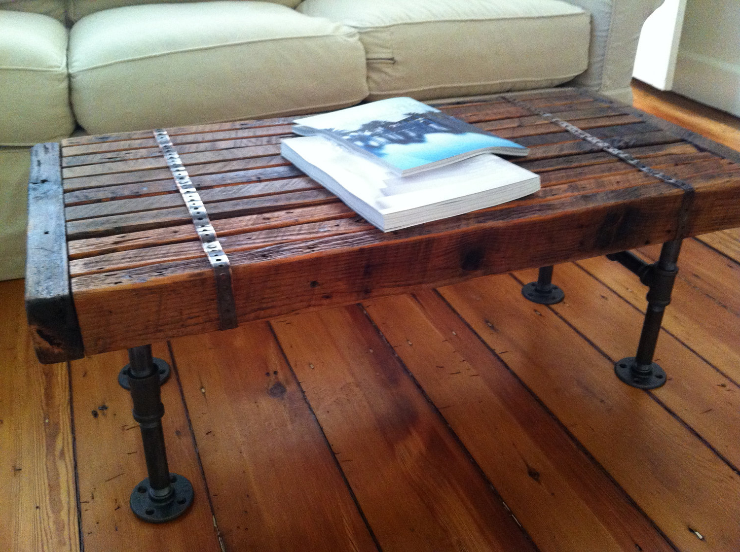 Furniture Barnwood Coffee Table For Inspiring Rustic Plans Reclaimed For Well Liked Recycled Pine Stone Side Tables (View 8 of 20)