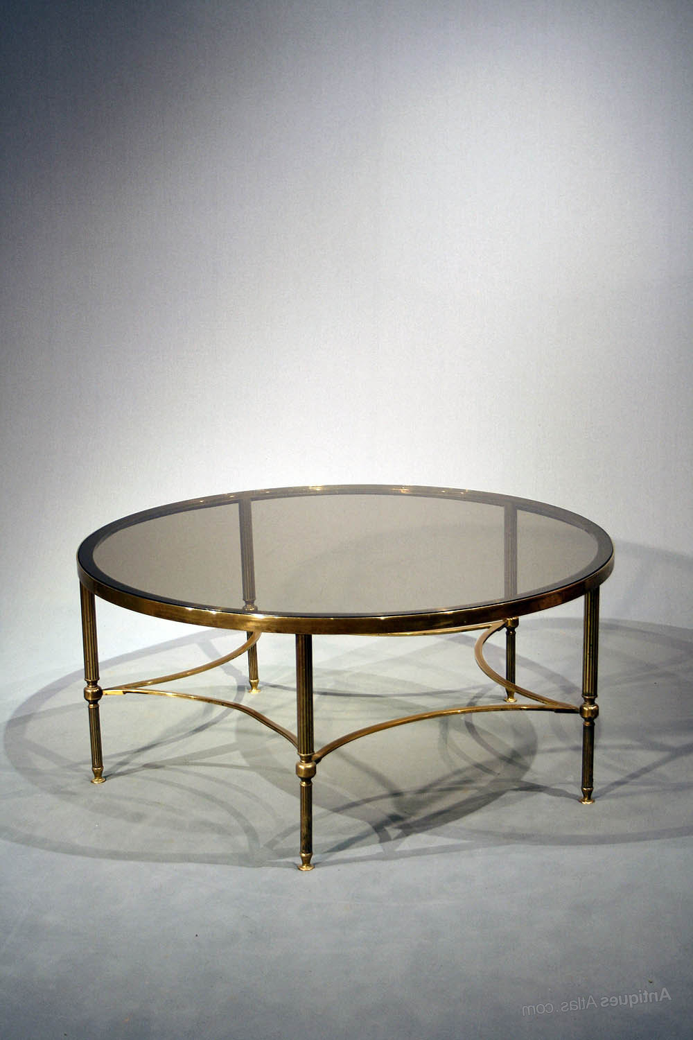 Kai Large Cocktail Tables For Current Antiques Atlas – Large Brass Round Coffee Table (Gallery 20 of 20)
