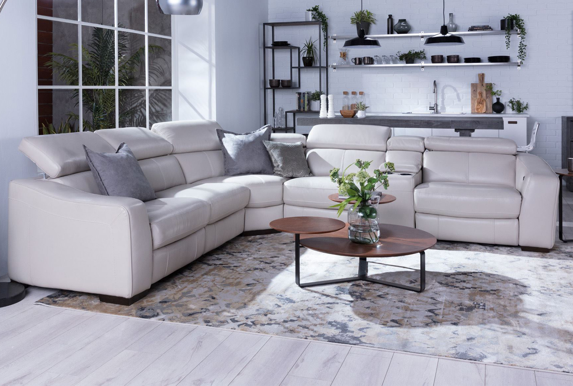 Kristen Silver Grey 6 Piece Power Reclining Sectionals With Regard To Newest Despojado E Integrado (View 7 of 20)