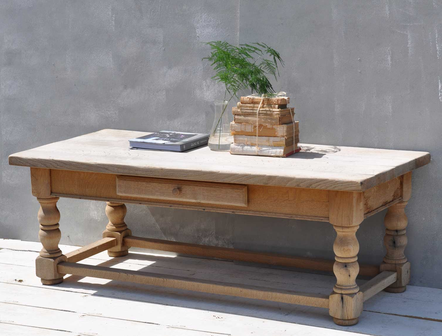 Limewash Coffee Tables Inside 2018 Solid Oak Weathered Vintage Coffee Table – Home Barn Vintage (View 16 of 20)