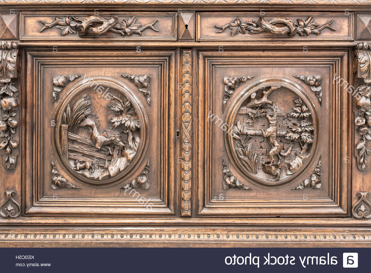 Mid Burnt Oak 71 Inch Sideboards In Fashionable Oak Carving Stock Photos & Oak Carving Stock Images – Alamy (View 7 of 20)