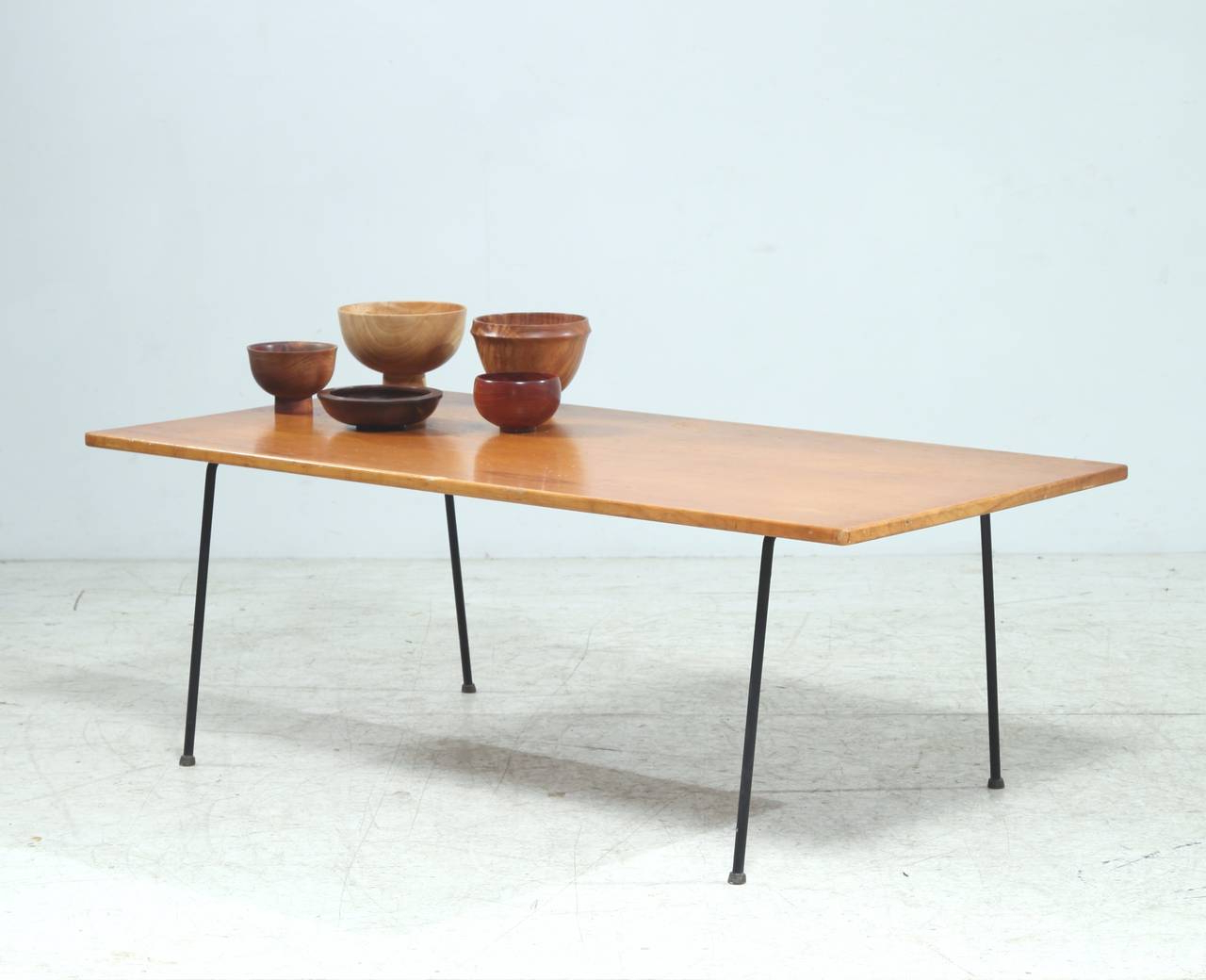 Minimalist Arden Riddle Coffee Table For Sale At 1Stdibs Regarding 2019 Minimalist Coffee Tables (View 7 of 20)
