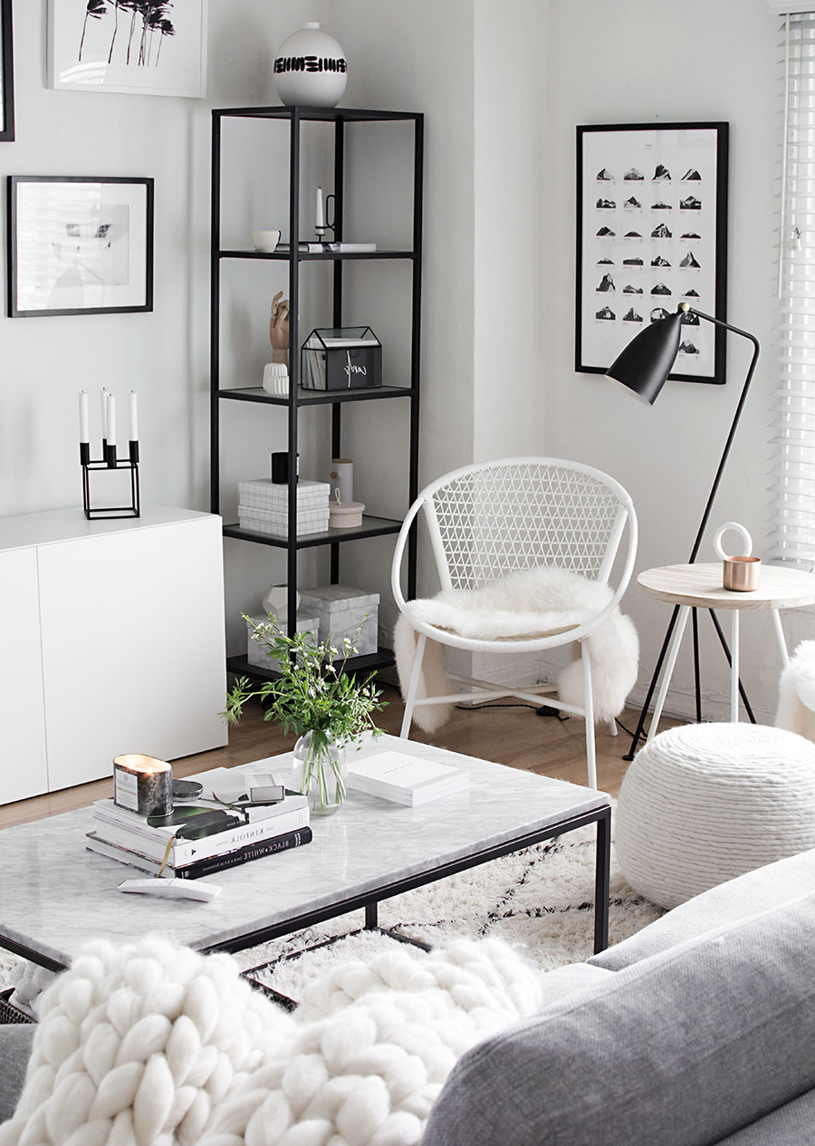 Naveen Coffee Tables Intended For Popular 4 Easy Ways To Style A Coffee Table – Homey Oh My (View 11 of 20)