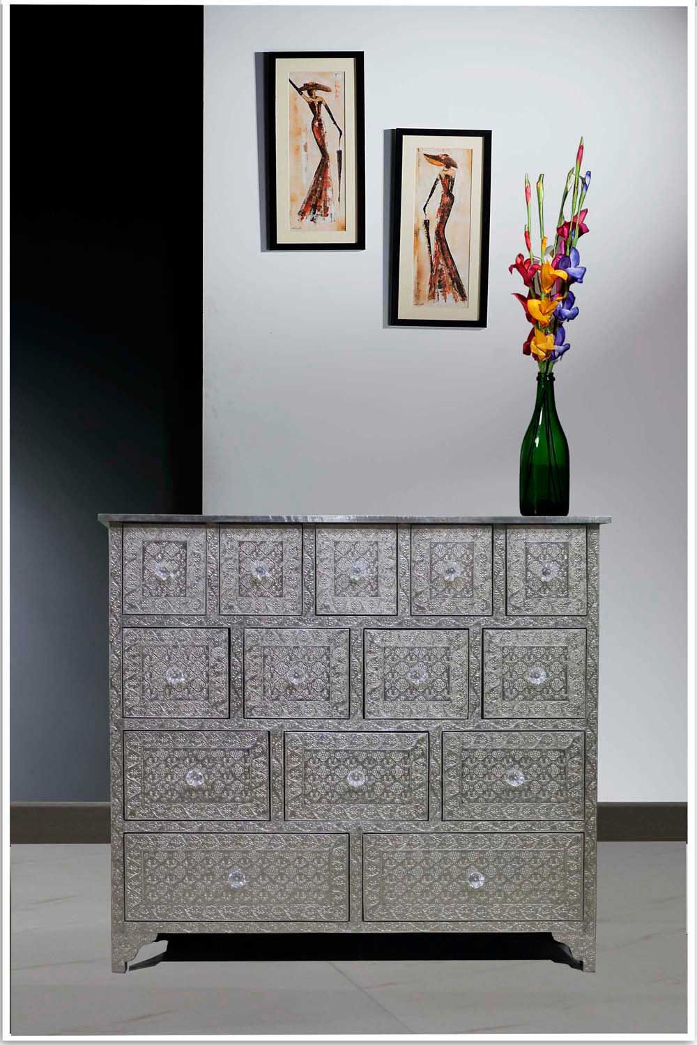 Popular Embossed White Metal 14 Drawer Chest /sideboard/metal Dresser (View 17 of 20)