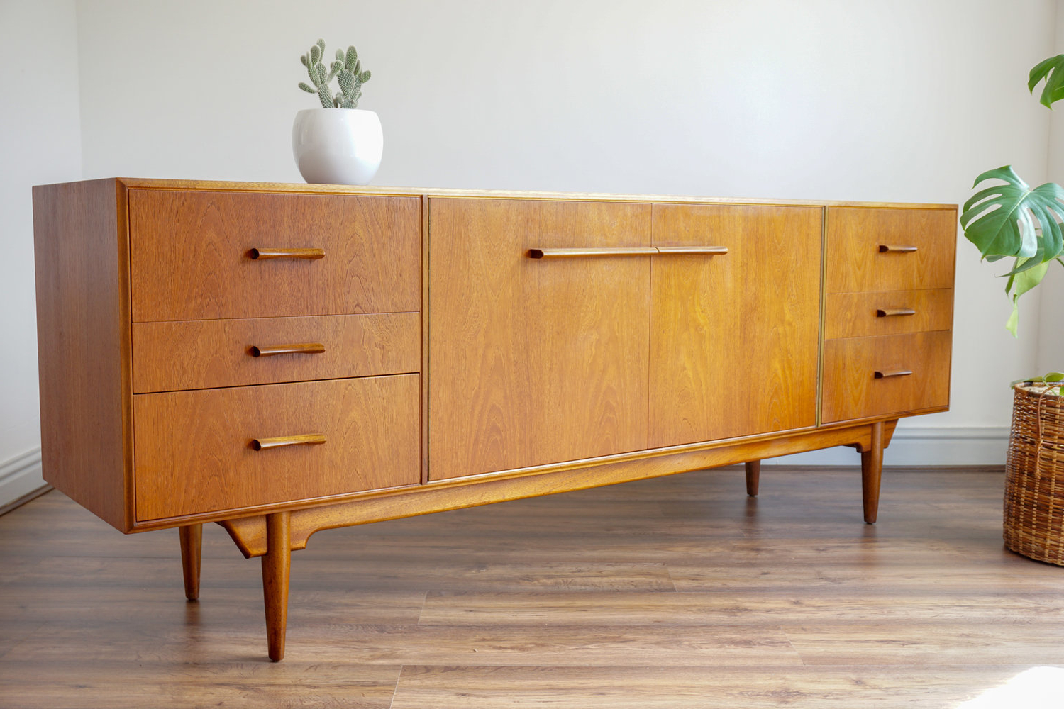"Rare C1960 Mc Intosh ""troon"" Teak Sideboardvalentino Rossi Throughout Well Liked Rossi Large Sideboards (View 13 of 20)"