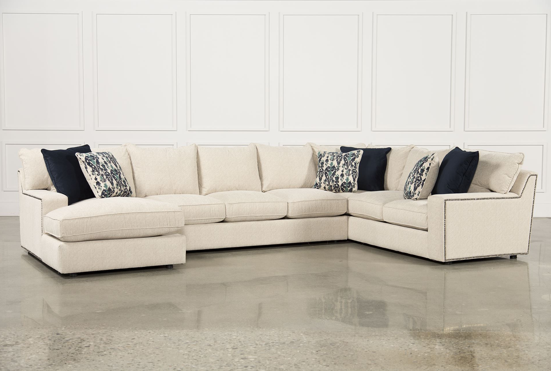 Rennell 3 Piece Sectional W/raf Chaise (Gallery 2 of 20)