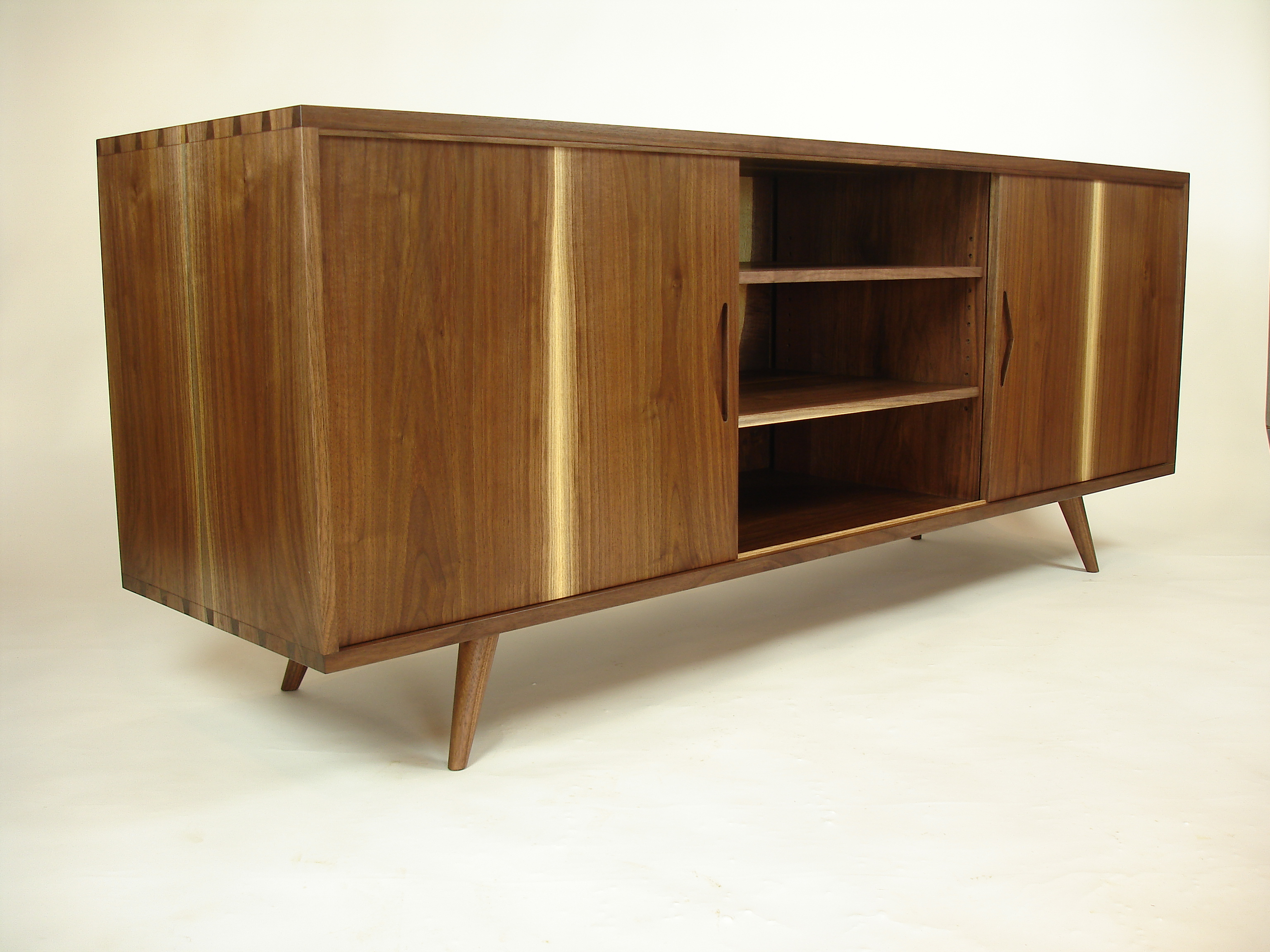 Slurry And Swarf A Woodworkers Blog – Peter Deboer Throughout Most Current Jigsaw Refinement Sideboards (View 18 of 20)