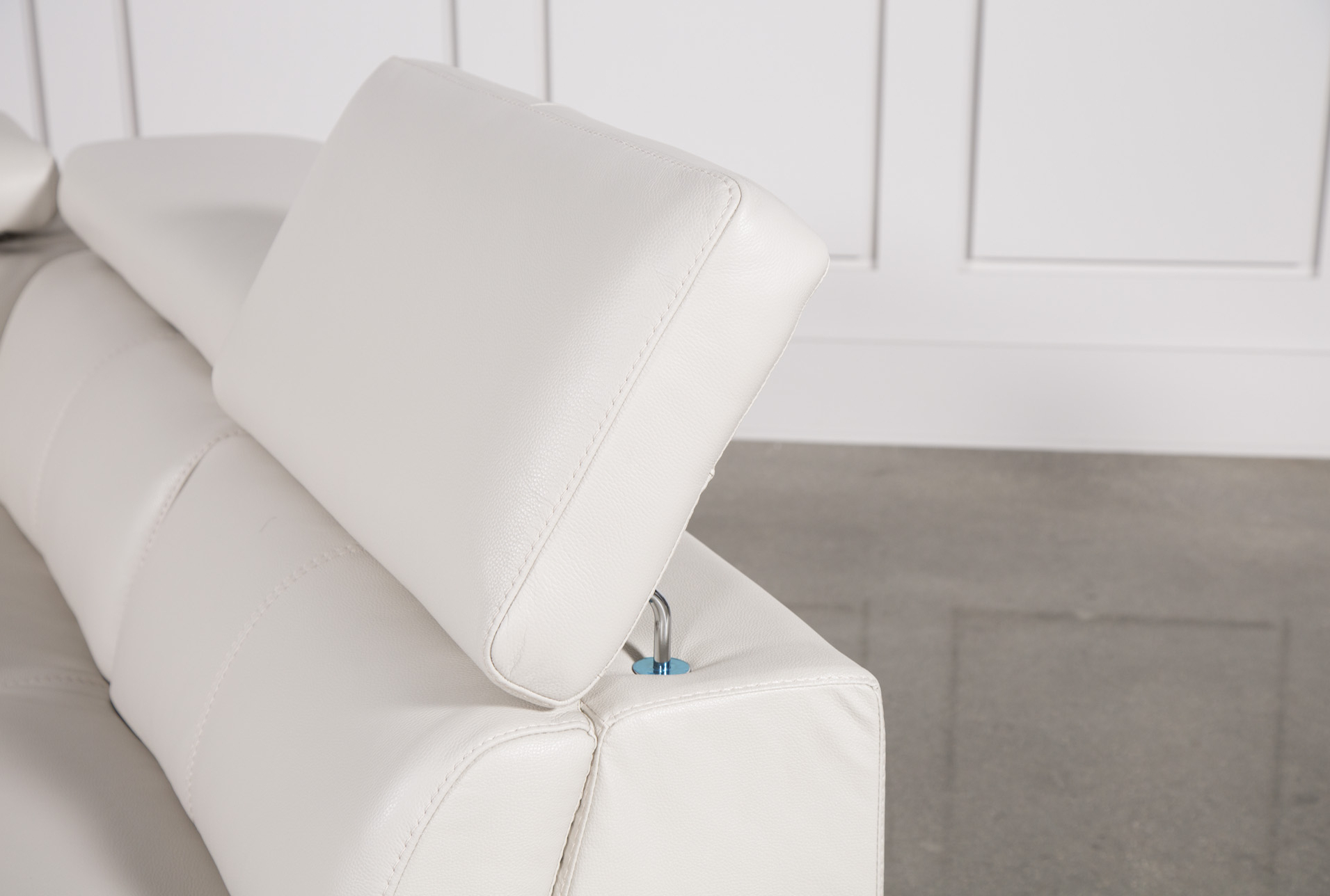 Tess 2 Piece Power Reclining Sectional W/raf Chaise (View 9 of 20)