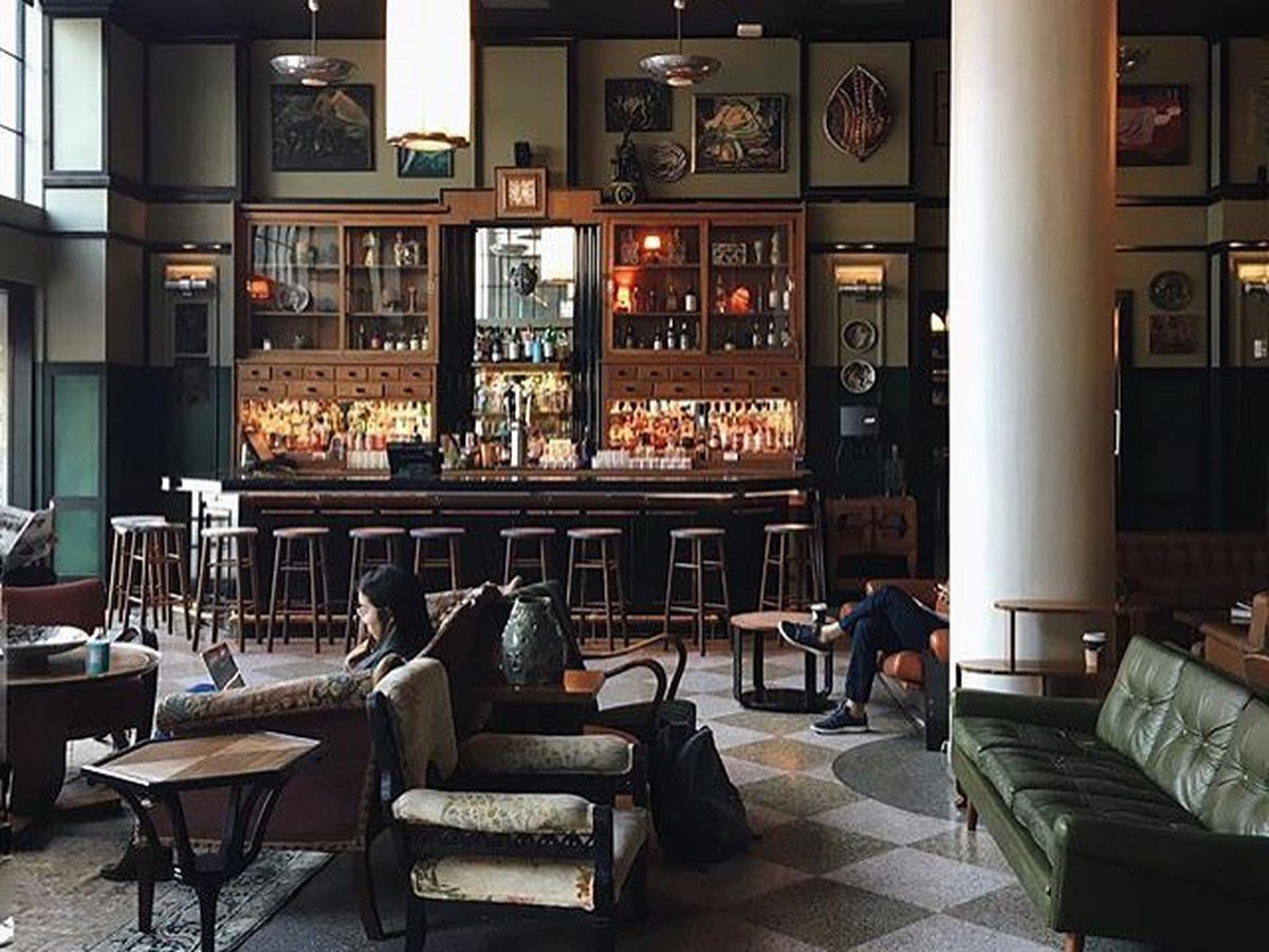These Are New Orleans' Essential Bars Pertaining To Most Up To Date Nola Cocktail Tables (Gallery 13 of 20)