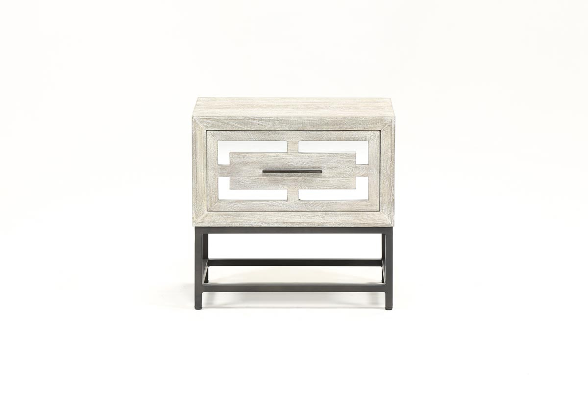 Trendy Baybrin End Table (View 19 of 20)